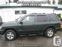 2001 Nissan Pathfinder LE 4WD - $4,990
