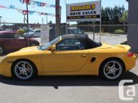 Make Porsche Model Boxster Year 2001 Colour Yellow kms