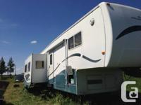 2001 Prairie Schooner 5th wheel trailer for sale,