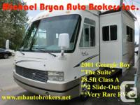 CLEAN, VERY RARE DIMENSION 28.5 FEET COURSE A MOTORHOME