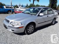 Make Volvo Model S40 Year 2001 Colour grey kms 180547, used for sale  British Columbia