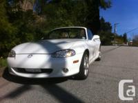 White Mazda Miata LS (Rare) - 6 Speed with Limited Slip
