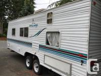 2002 Mallard travel trailer, in great shape, new floor,