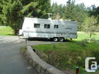 25ft wilderness Lite by Fleetwood 1 owner/non