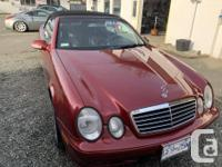 Make Mercedes-Benz Model CLK320 Year 2002 Colour Red