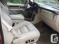 Make Cadillac Model Escalade Year 2002 Colour Red kms