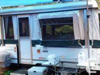 Immaculate 2002 Coleman tent trailer Bayside version