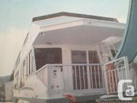 2002 Cruise Craft II Dolphin 9. Summer fun in the sun