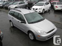 2002 FORD FOCUS WAGON, 5 SPEED, SILVER ON GREY