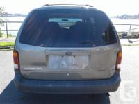 Make Ford Model Windstar Year 2002 Colour Gold kms
