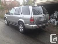 Make Nissan Model Pathfinder Year 2002 Colour Grey kms