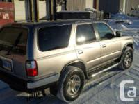 Make Toyota Model 4Runner Year 2002 Colour Grey kms