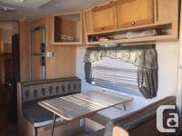 All appliances work(Stove, microwave, fridge,) Fridge