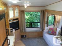 Beautiful unit with like new tires, new awning, new