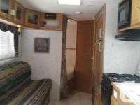 2003 22ft frontier camper sleeps 6 half ton towable