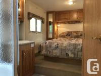 Canadian made Citation 5th Wheel. Large bright living