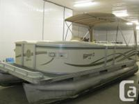 2003 Crest II 22' Pontoon Boat w/40 hp Mercury 4