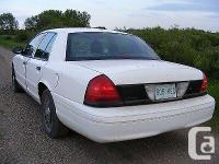 Make Ford Model Crown Victoria Police Pkg Year 2003