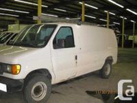 Barrie, ON 2003 Ford E-250 Minivan This minivan has