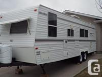 This unit is in great condition overall. No issues with