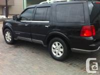Hello I'm selling my Lincoln Navigator for $3600 E