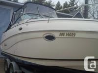 New Years Special,2003 251 Rinker Fiesta V --- Mid size