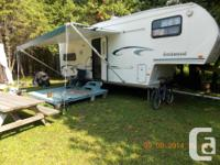 For sale 2003 Rockwood Fifth Wheel for sale. 27 foot ,