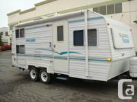 2003 Vanguard 20ft Travel trailer sleep 5 with 1 Bunk