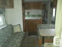 2004 Cougar Travel Trailer Private bedroom in front