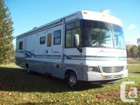 2004 Winnebago Brave Class A Motor home in excellent