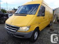 Make Dodge Model Sprinter Colour yellow Trans