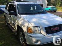 Make GMC Year 2004 Colour White Trans Automatic kms