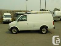 Make GMC Model Safari Year 2004 Colour White kms