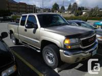 Osoyoos, BC 2004 GMC SIERRA 2500 SLE This reliable and