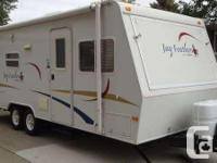 Jayco Jay Feather Exp 23B hybrid for sale. 23' long,