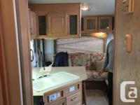 2004 Jazz 5th wheel. 25.5' with 1 slide-out. Sleeps 6.