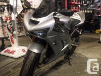 Make Kawasaki kms 28249 -Like new, Michelin Power 2CT