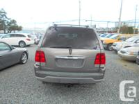 Make Lincoln Year 2004 Colour gold Trans Automatic kms