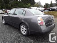 Make Nissan Model Altima Year 2004 Colour grey kms