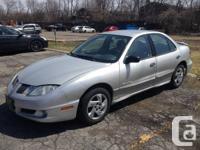 2004 Pontiac Sunfire...2.2L, 4-cylinder, 195,000 kms,