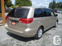 Make Toyota Model Sienna Year 2004 Colour Gold kms
