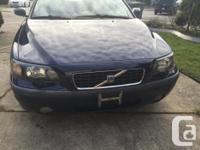 Make Volvo Model S60 Year 2004 Trans Automatic kms 216