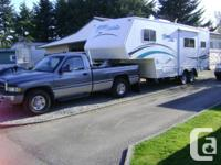 2005 24,1/2-ft -5th  wheel--new  cost  $47,000----95
