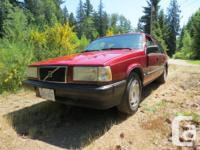 Make Volvo Model 940 Colour red Trans Automatic kms