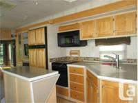 Price: $29,000 Top quality carriage fifth wheel, four