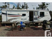 2005 CrossRoads Cruiser Travel Trailer. This trailer is