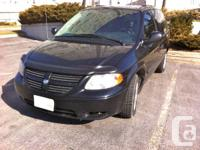 2005 Dodge Caravan 3.3 L,,, auto,km 151, ac cold &,,hot