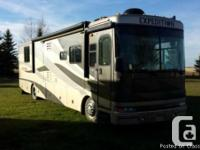 2005 Fleetwood Expedition 38ft Class-A Motorhome with