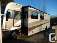 2005 Fleetwood Pace Arrow 36D with only 40000kms. This