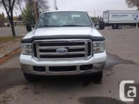 Make Ford Model F-250 Year 2005 Colour WHITE kms